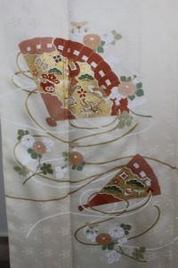 オーダー着物「檜扇・菊」上前アップ画像