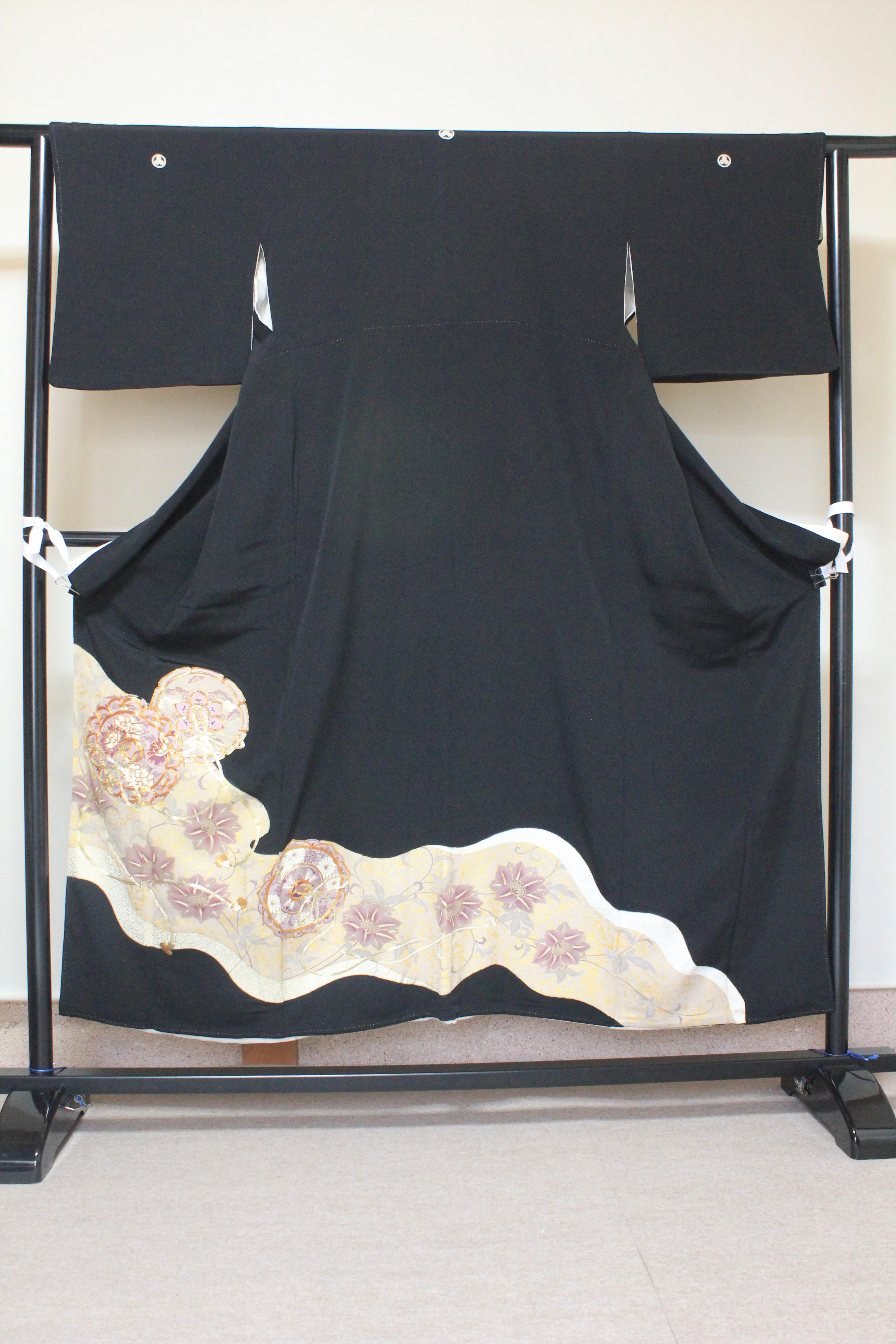 黒留袖シミ、カビ落とし、金彩加工