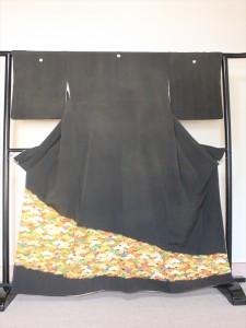 染め直す前の黒留袖